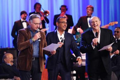 Costanzo fa cantare i 'tre tenori' della tv