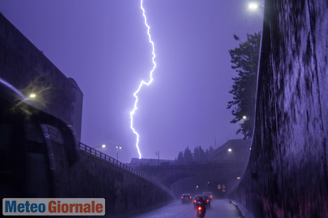 immagine 1 articolo meteo roma arrivano forti temporali variabile lunedi con altri acquazzoni