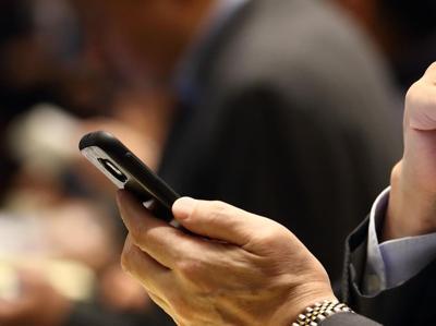 Silver generation sempre più connessa, da Amplifon l'ecosistema digitale