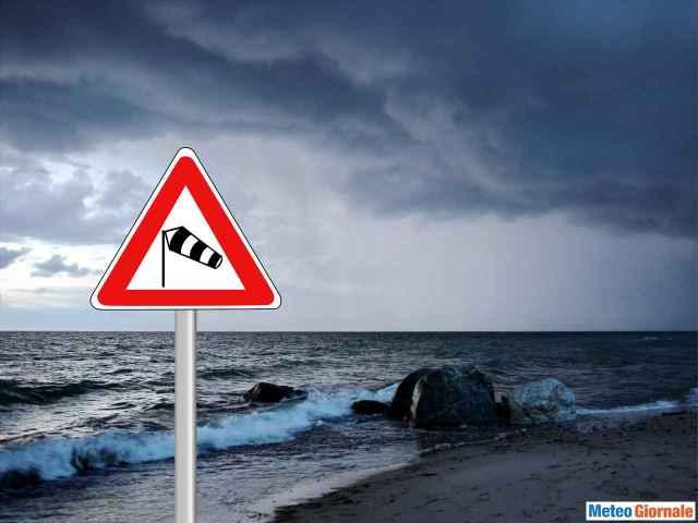 immagine 1 articolo mediterraneo inizia il periodo delle mareggiate e del meteo estremo