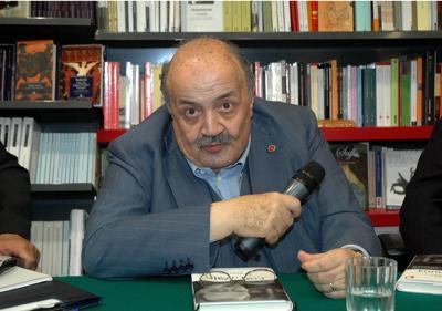 Coronavirus, Maurizio Costanzo: Restare a casa? Me ne frego