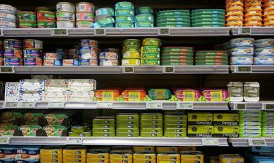 Dal pomodoro al tonno, è boom di cibo in scatola