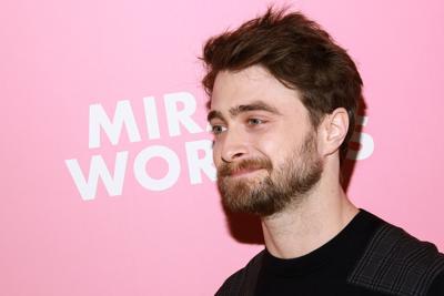 Polemica sui trans, Radcliffe si schiera contro Rowling