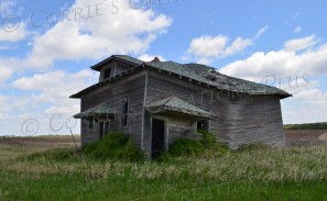 It's fun to speculate who lived in this abandoned farmhouse at one point–and why the people moved away.