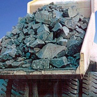 haul-truck-bed-liners-gallery-truck-bed-abrasive-ore