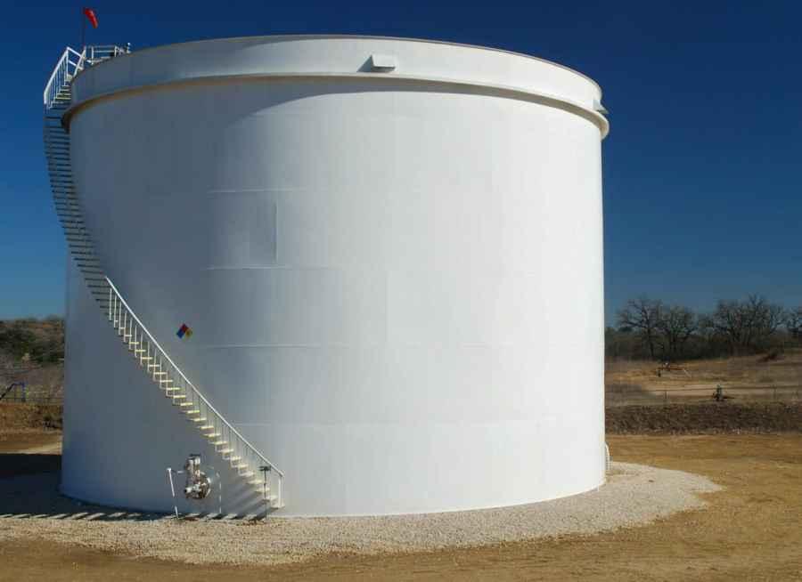 White oil tank in Darst Oilfield.