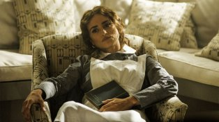 Penelope Cruz falls asleep with very little to do