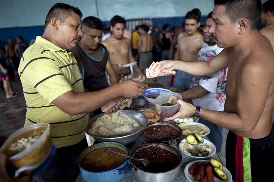 Honduras: Corruption rule deadly prisons