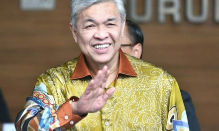 Malaysia: Former deputy prime minister Zahid Hamidi charged over corruption