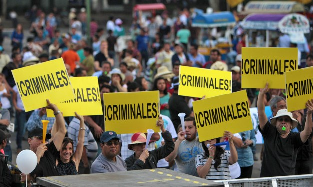 Guatemala: Former mayor arrested after corruption raids.