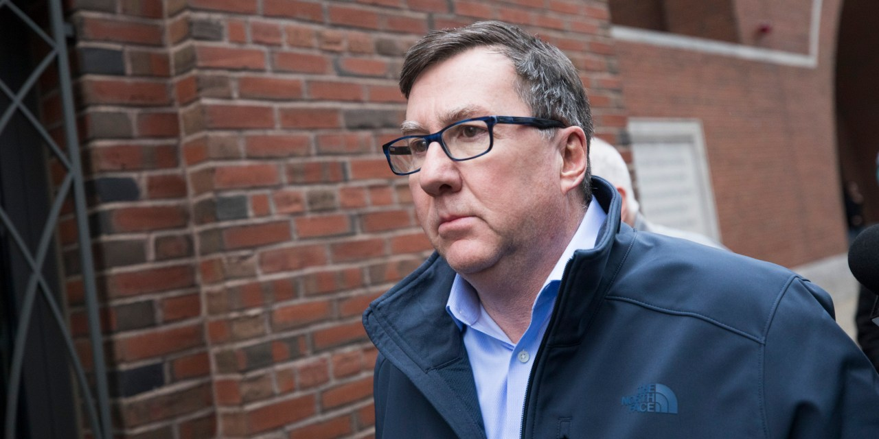 U.S.: Massachusetts lawmaker arrested for corruption.