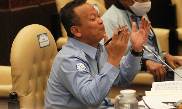 Indonesia: Maritime and fisheries minister nabbed by anti-graft body.