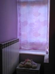 Estor nubes rosas dormitorio niña