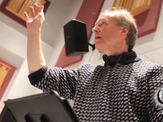 Conductor David Neal