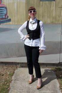 Jacket: Banana Republic Blouse: BCBG Pants: Worthington Shoes: Banana Republic Necklaces: Bealles Sunglasses: UnionBay