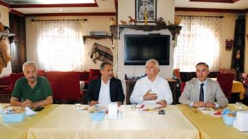 CHP milletvekilleri esnafı ziyaret etti