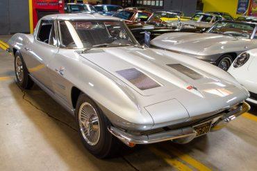 1963 corvette split window coupe 0544