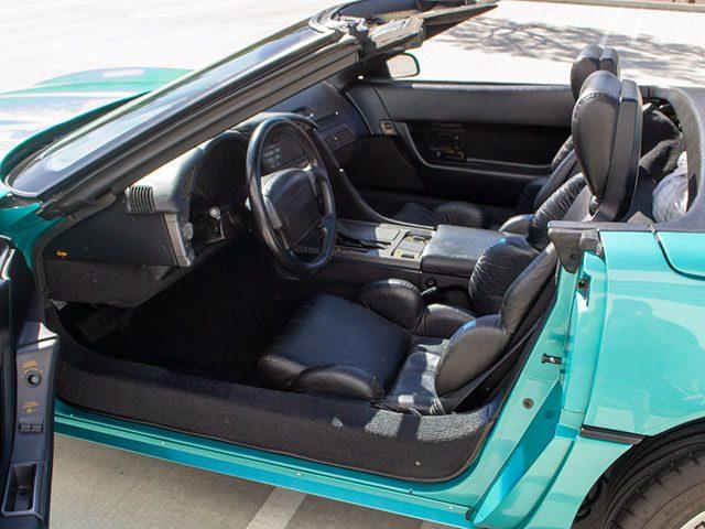 1990 turquoise corvette convertible interior