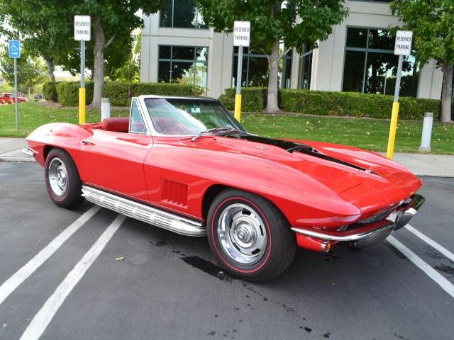 1967_chevrolet_corvette_2452_1
