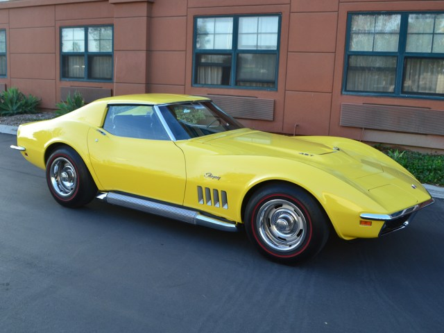 1969 Chevrolet Corvette Coupe Daytona Yellow