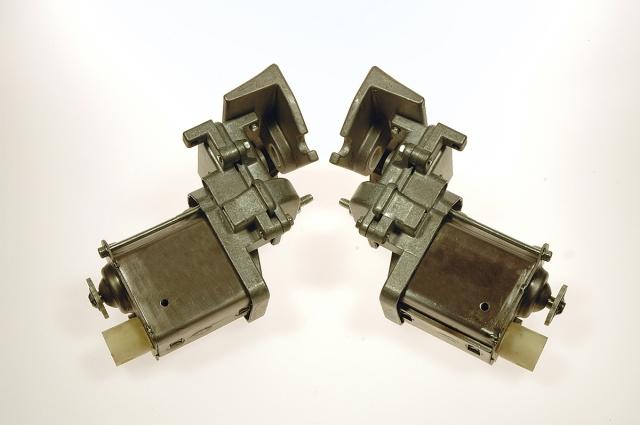 Corvette Motor Headlamp New Pair 63 67 ( #E9619