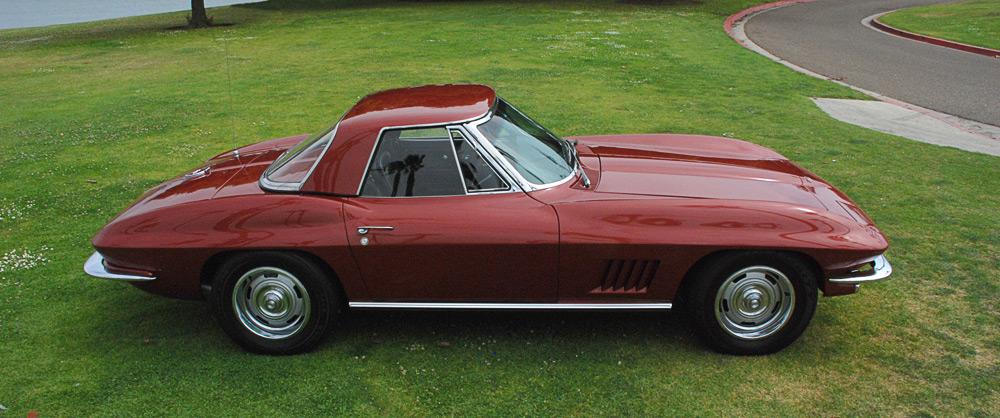 https://i1.wp.com/corvettestory.com/images/corvette-images/1967-convertible-corvette-marlboro-maroon-2_a.jpg