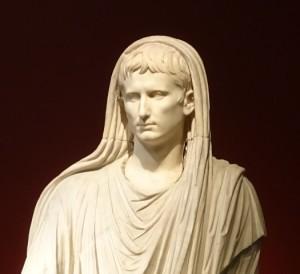 Augustus as pontifex maximus (Museo Nazionale Romano, Rome).