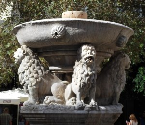 Lions are part of the Morosini fountain.