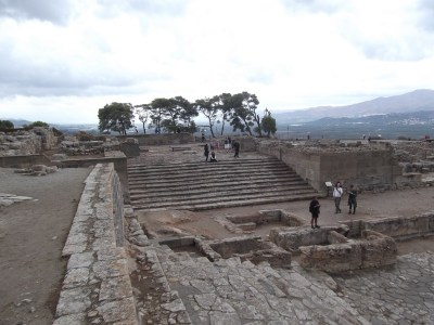 Stairs to the western gate of Phaistos.