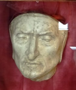 Dante's death mask.