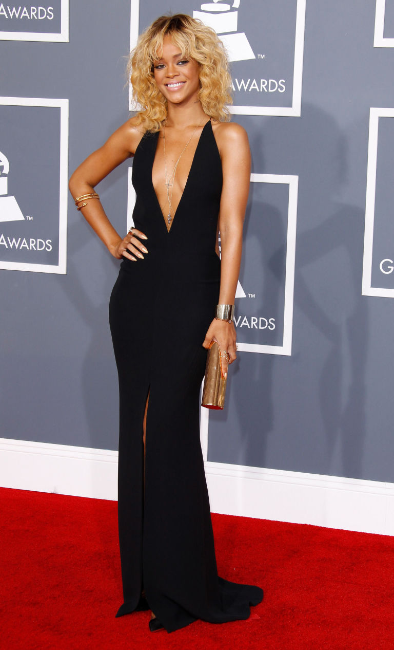ccfa0dd952 This is a hallmark of what we like to consider Rihanna s minimalist phase