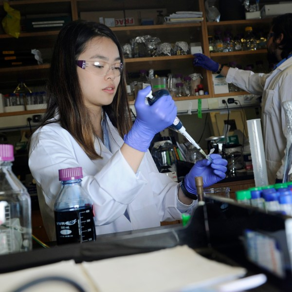 A female student works in a lab