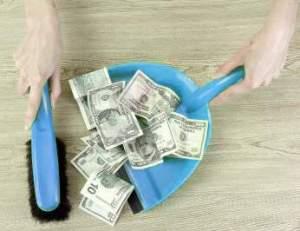 A todos nos duele perder dinero en bolsa, sobre todo si es a causa de una barrida de stop-loss. Por ello debemos tomar precauciones extras en verano.