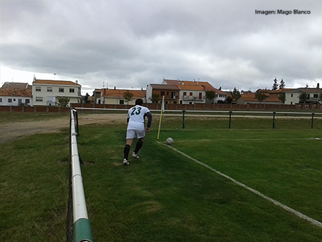 Arturo saca un corner