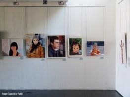 Varios retratos y autorretratos más