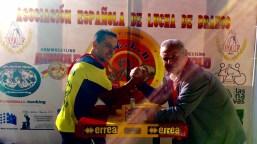 James Lorimer con Marino en el stand