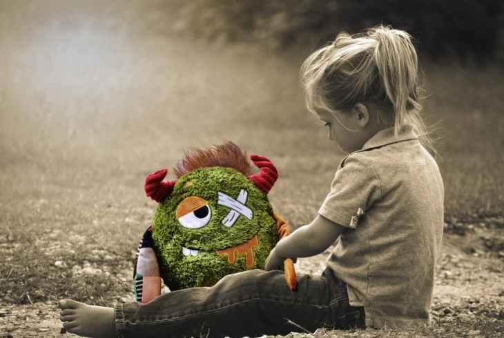 Las alucinaciones pueden confundirse con los amigos invisibles en los niños