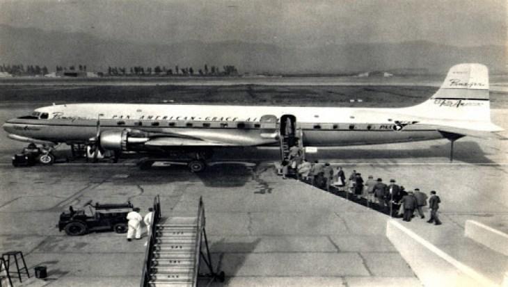Antiguo avión de pasajeros de Pan American