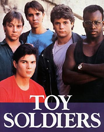 wil-wheaton-sean-astin-e-gli-altri-protagonisti-di-scuola-di-eroi-toy-soldiers-1991-112735