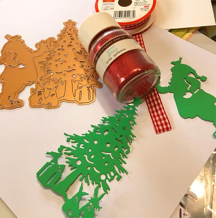 Santa Christmas Card Party with Sharyn Sowell - Step 1