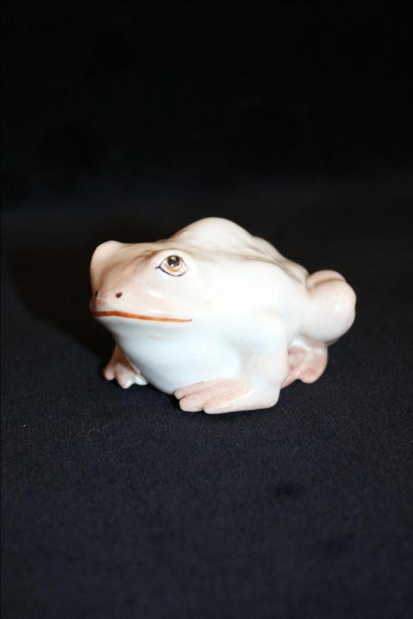 Netsuke Toad