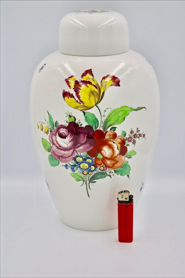 Nymphenburg art nouveau vase