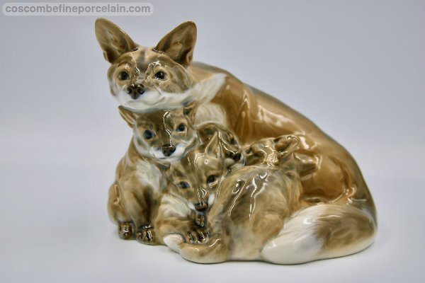 Royal Copenhagen Vixen and cubs
