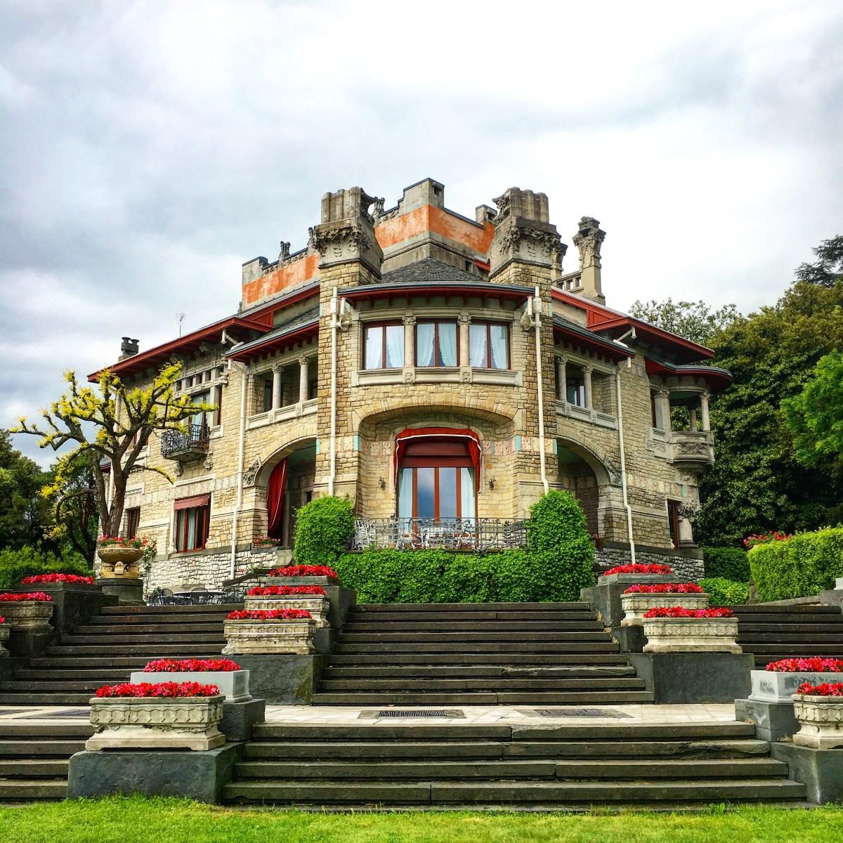 Visitare Villa Faccanoni a Sarnico, capitale del Liberty, una domenica mattina di primavera