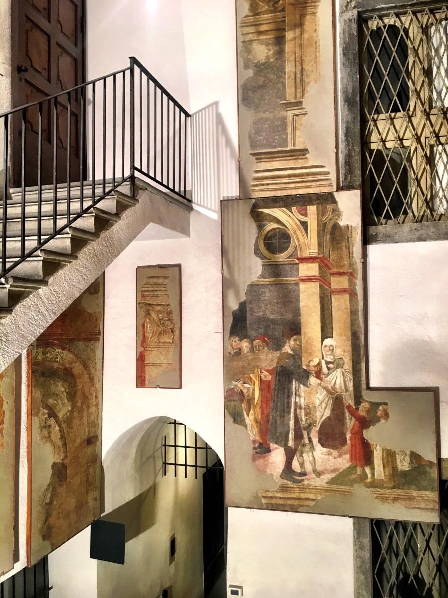 Ammirare gli affreschi bramanteschi (?) di Casa Angelini raccontati da Piervaleriano Angelini