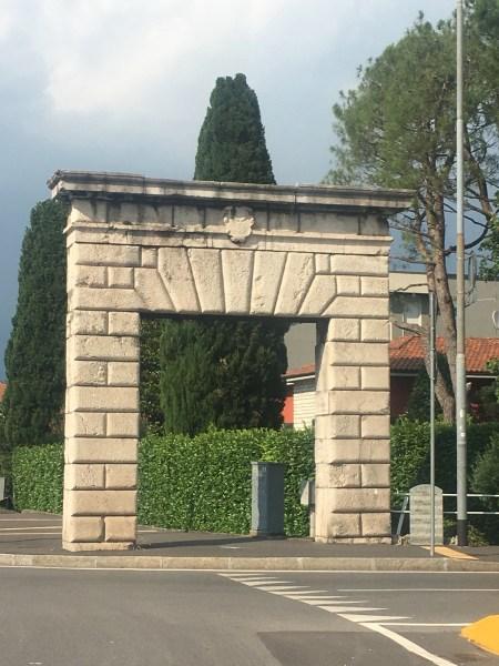 Il Portone del Diavolo a Bergamo