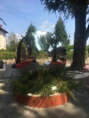 La scultura in Piazza Mascheroni