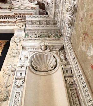 10 particolari stucchi barocchi presbiterio