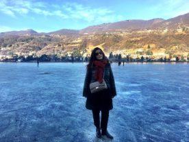 camminare sulle acque del lago gelato