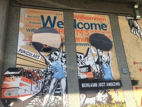 Lasciarsi sorprendere dal racconto per immagini di Bergamo e provincia alla stazione delle Autolinee